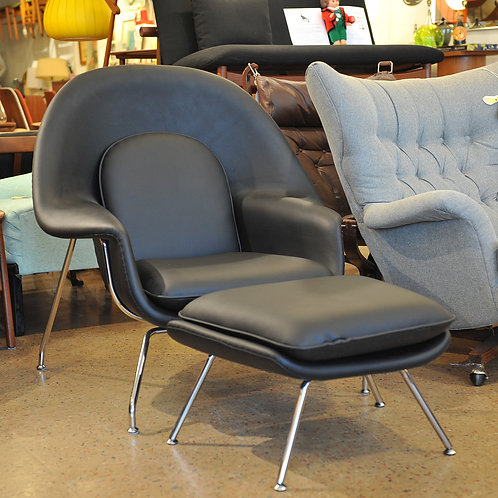 Saarinen Style Womb Lounge Chair & Ottoman Set