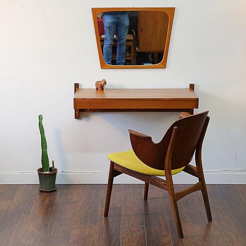 Iconic Model 107 Chair by Hans Olsen for Bramin