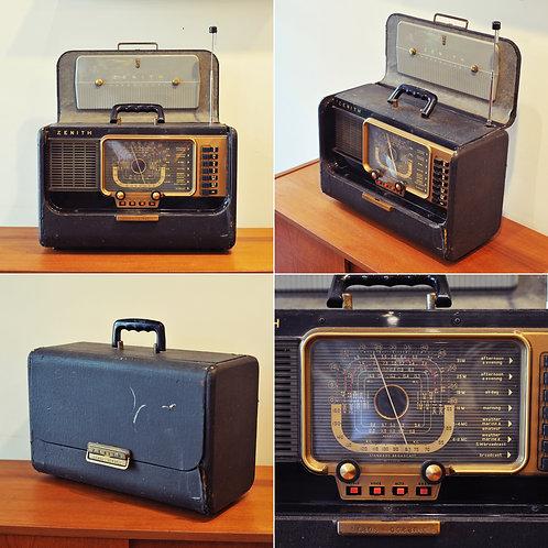 Vinage Radio As/Is