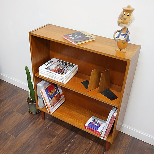 Compact teak shelving unit