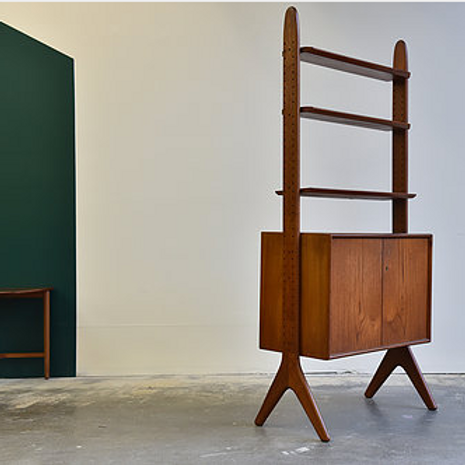 Arne Hovemand Olsen, Rare Standing modular shelving unit,