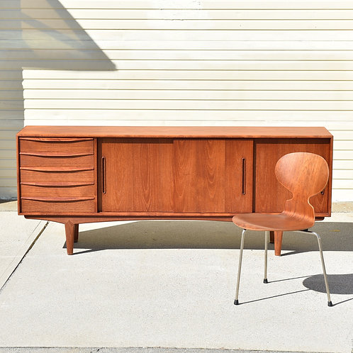Fabulous teak sideboard in excellent refinished condition