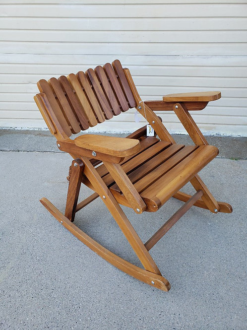 50%OFF, Wooden Rocking chair, Perfect for outdoor usage