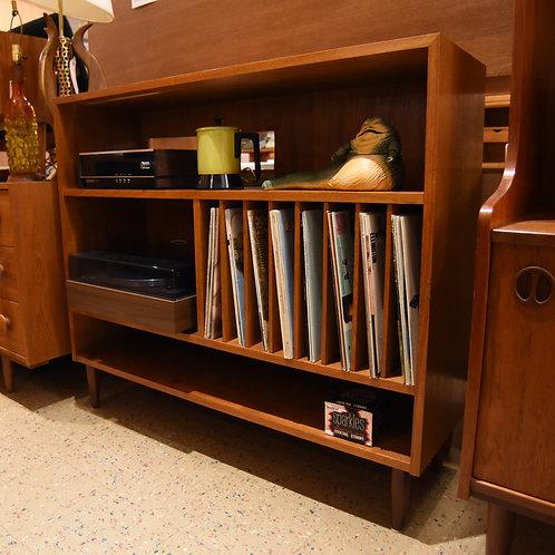 Vintage Entertainment Shelf/Bookshelf