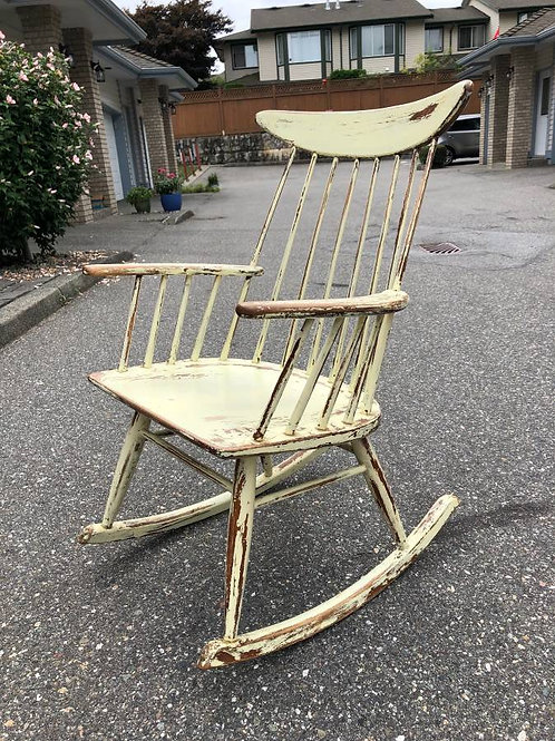 50%OFF, Vintage Spindle Back Rocking Chair by Conant Ball