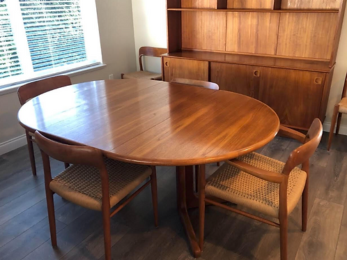 Danish Teak Round Pedestal Dining Table with 2 leaves