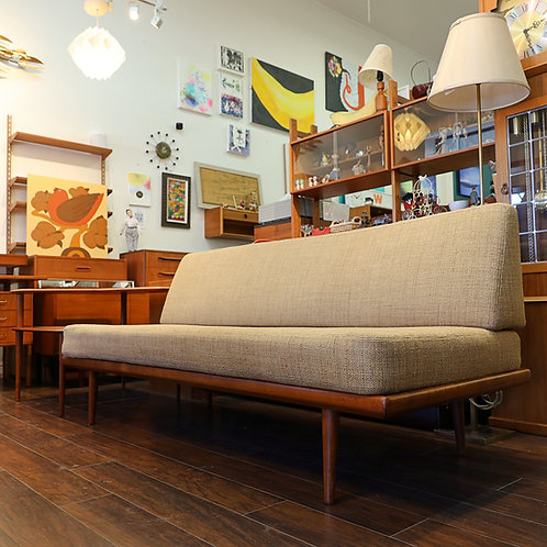 "Danish Modern FD417 ""Minerva"" Daybed Sofa"