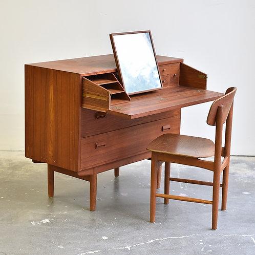 Borge Mogensen's Vanity/Dresser