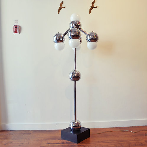 Atomic era superb standing lamp