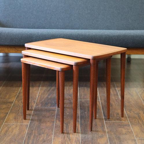 ClassicTeak Nesting Tables