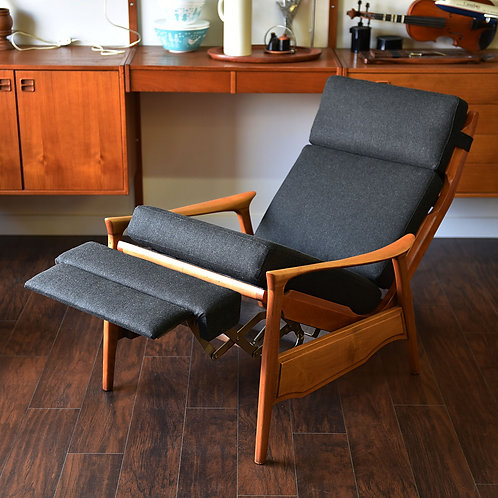 Fab super comfortable recliner by R S Associates