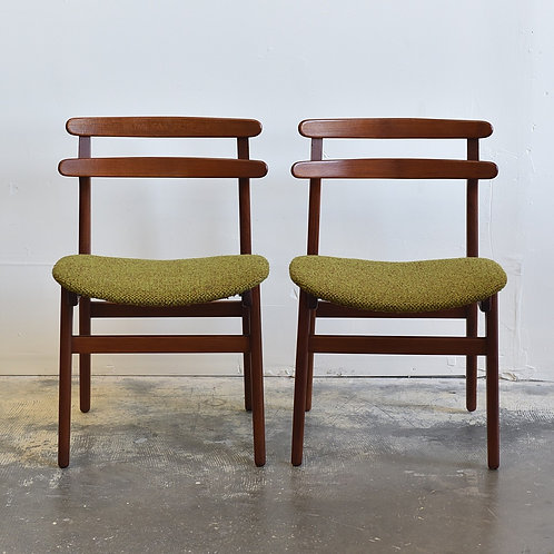 Pair of Danish Modern Avocado Green Teak Chairs by Poul Hundevad