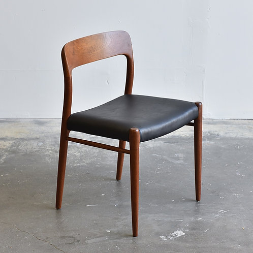 Danish Modern Teak Model 75 Chair by Niels O.Møller for J.L. Møllers Møbelfabrik