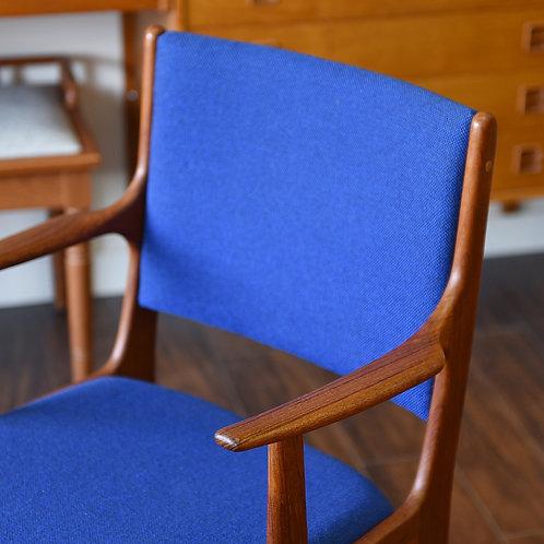 Mid century modern, Solid teak frame, New Fabric, foam