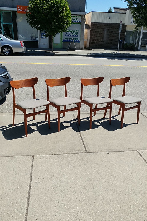 Danish Modern Teak Dining Chair Set