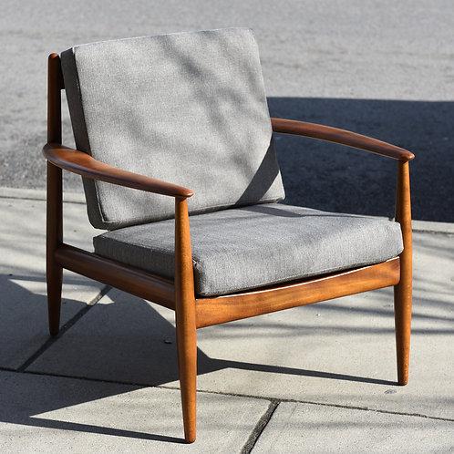 Grete Jalk Lounge Chair / Easy Chair Model 118 by France & Daverkosen