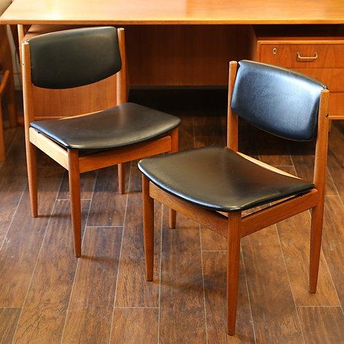 Pair of Danish Teak Model 197 Side Chairs by Finn Juhl for France & Son