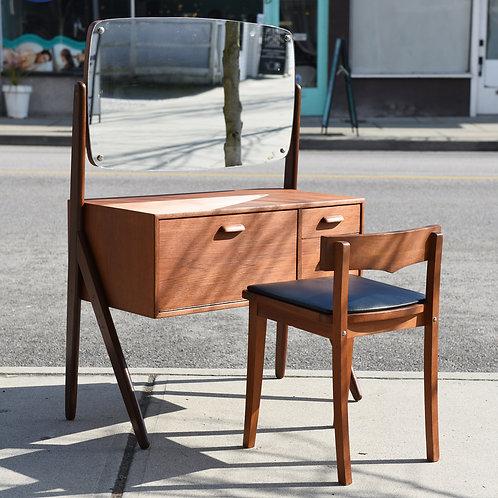Adorable mini Make up table, unique storage space+Chair set