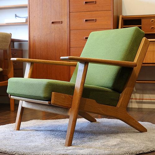 Danish Modern Oak Model GE290 Lounge Chair by Hans J. Wegner for GETAMA