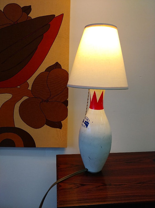 20%OFF, Upcycled unique vintage bowling pin lamp