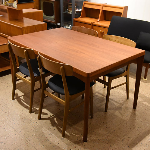 Fab Danish Modern Teak Dining Table with 2 Extension Leaves