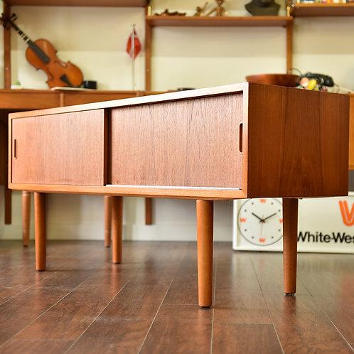 Danish Modern Teak TV Stand/Sideboard by Carlo Jensen for Hundevad & Co.