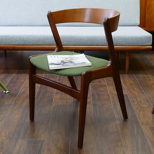 Danish Modern Curved Back Side Chair