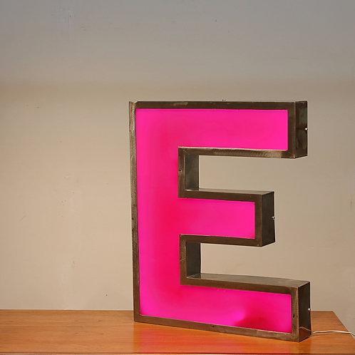 """""""E"""" channel letter aluminum frame lamp"""