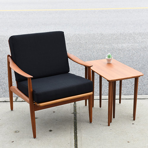 Fabulous Classic lounge chair made in Norway
