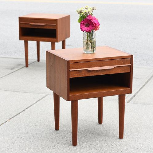Pair of Vintage Mid Century Modern Teak Side Tables