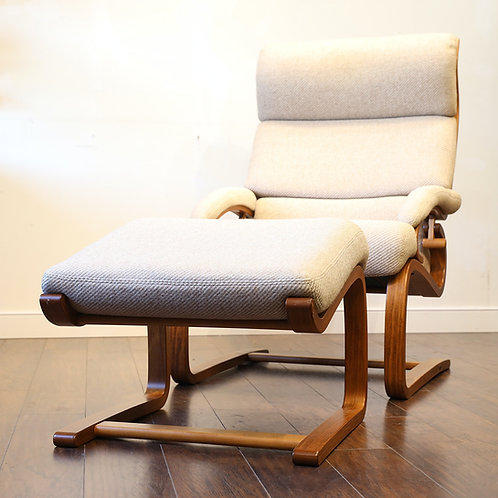 Vintage Super Comfy Lounger Chair and Stool Set