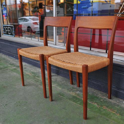 Mid Century Modern Teak 2 Chairs