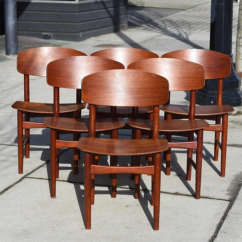 Danish Modern Teak 6 Dining Chairs Set by Borge Mogensen