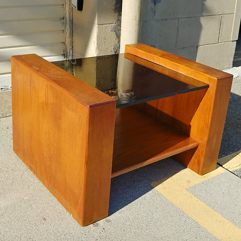 SPECIAL: Teak+ tinted glass table