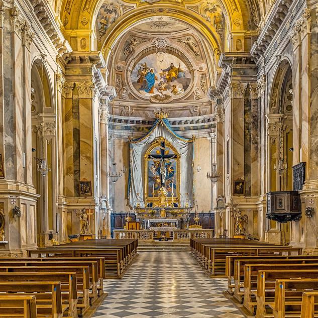 church-3671790_1920.jpg