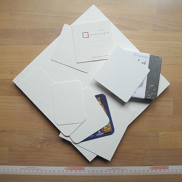 Papiere und Zuschnitte