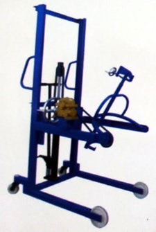 COT Manual Charging Crane
