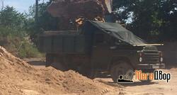 Погрузка песком
