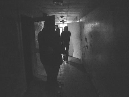 Ja jāiet tumsā, jāiet!