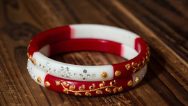 A tiny tale of bangles!