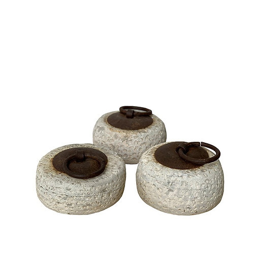 Round Stone Weight with Handle