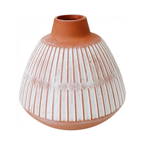 Linear Squat Vase