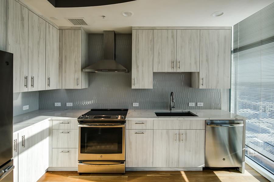 4_Kitchen-4 [web res].jpg