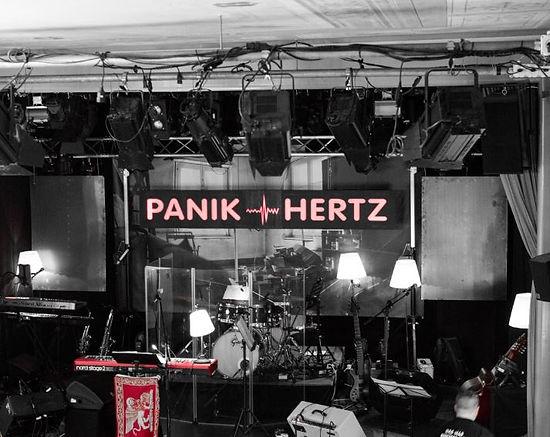 PanikHertz.JPG