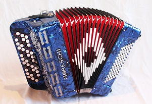 Moreschi-472C-chromatic-button-accordion
