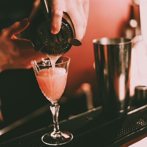 cocktailpour.jpg