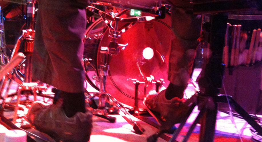 Tarif Drum Jobs, Schlagzeuger, Schlagzeuglehrer, Schlagzeug, Schlagzeugunterricht, Schlagzeugstunden für Kinder, Musikunterricht, Kinderunterricht, Schlagzeug lernen, Drums, Drummer, spielend Schlagzeug lernen, Schlagzeugunterricht in Winterthur, Heimunterricht