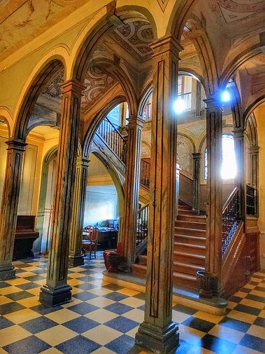 2. escalera acceso con las Columnas y ar