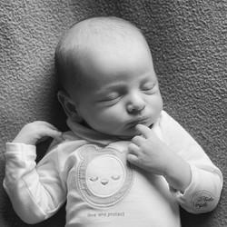 103nouveauné-enfant-bébé-photo-portrait-