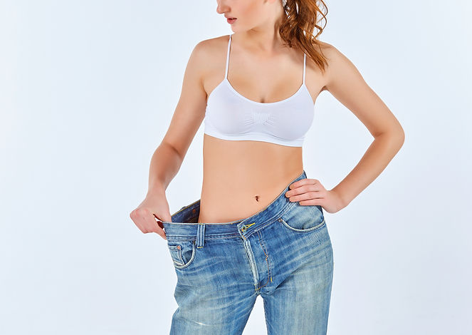 woman-became-skinny-and-wearing-old-jean